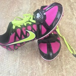 NWOT Nike sprinting shoes